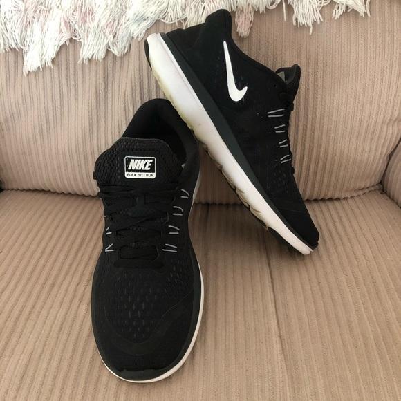 impaciente Desmañado Aspirar  Nike Shoes   Flex Run Womens Running Sz 10   Poshmark